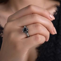 0,63 ct Schwarz Weiß Diamant Ring